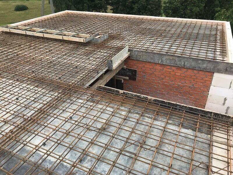Прочный газобетон D300 для несущих стен: теплее дерева, легче воды
