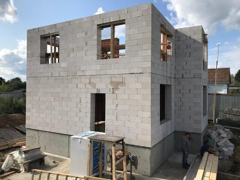 Клей-пена для строительства: чище, быстрей, дешевле