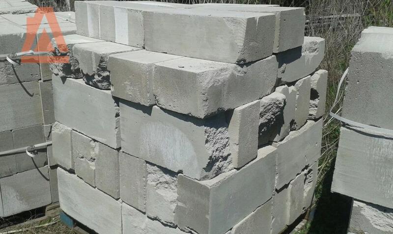 Иметь дело с такими блоками - себе дороже