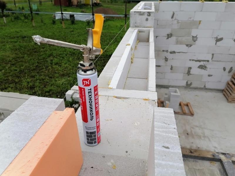 Клей-пена Технониколь для газобетонных блоков