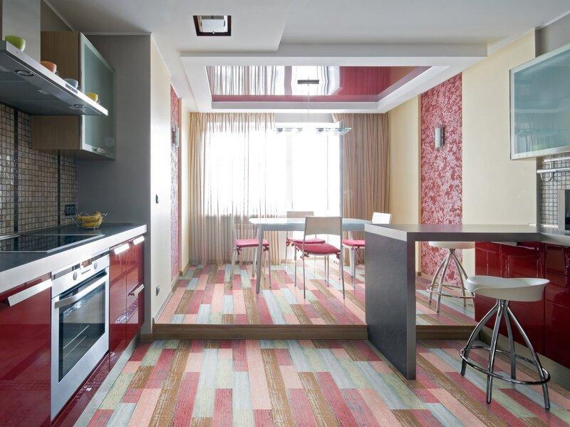 Подиум в кухне-столовой