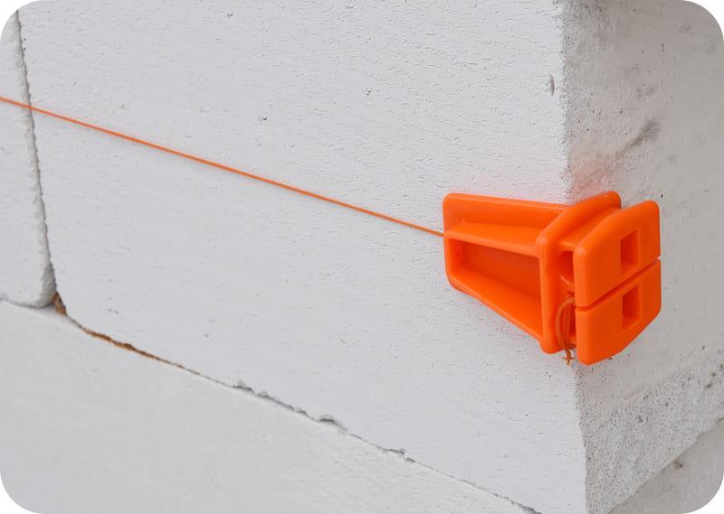 Причальный шнур – ориентир для каменщика
