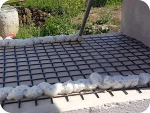 Армирование газобетонных блоков, монтируемых на ППУ-клей, базальтовой сеткой