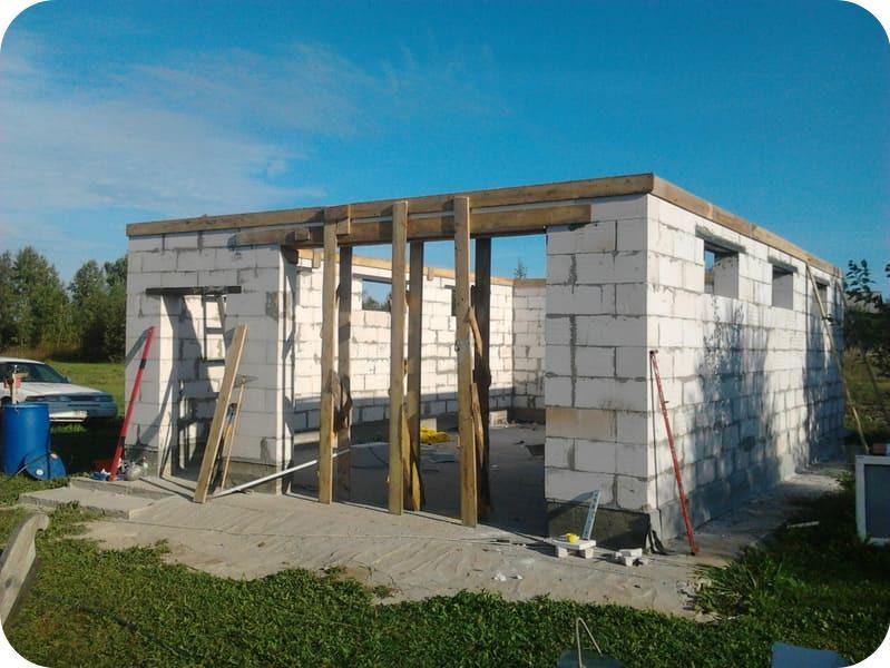 Строительство гаража из газоблоков
