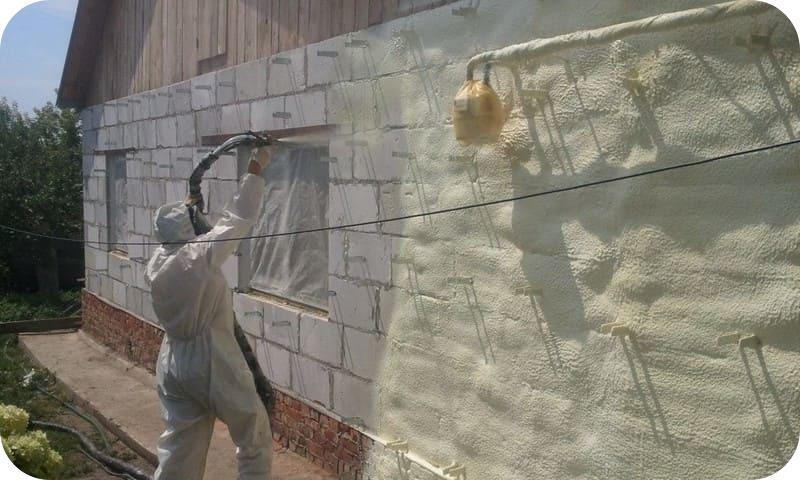Утепление стен из газобетона мокрым способом