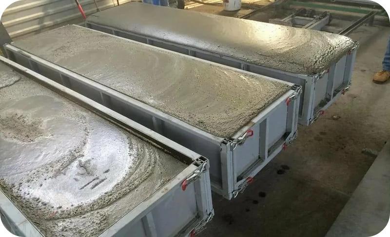 Вспучивание газобетонной смеси в опалубочных формах