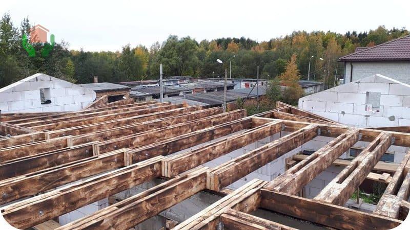 Устройство деревянных перекрытий в доме из газобетона из обожжённых балок