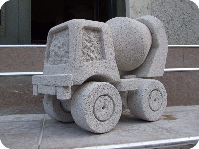 Садовая скульптура из газобетона