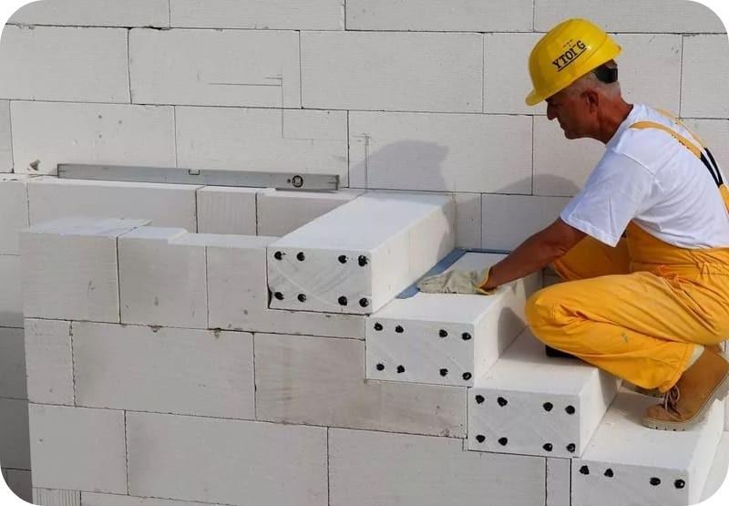 Строительство лестницы из армированных ступеней