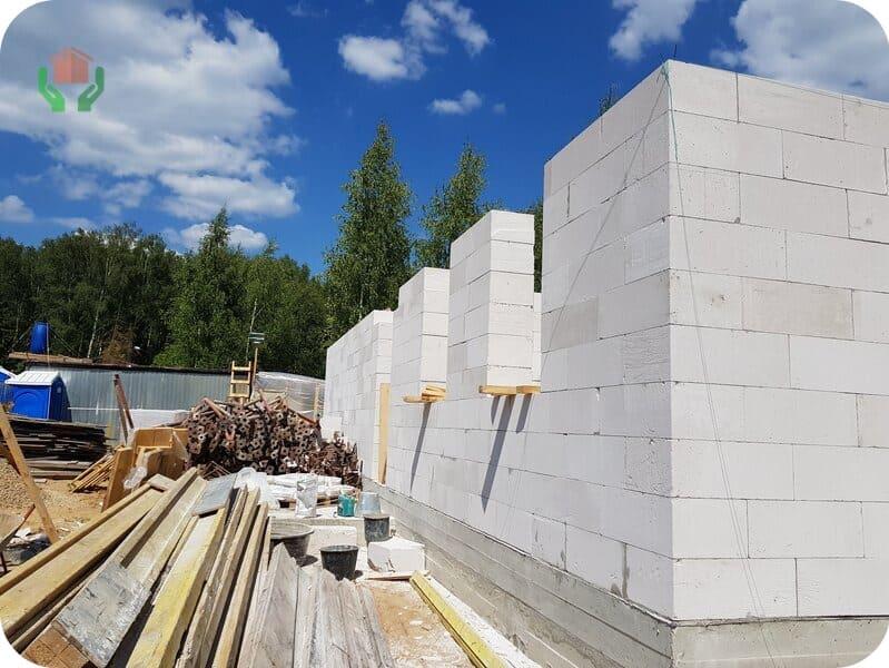 Строительство домов – главное назначение газобетона