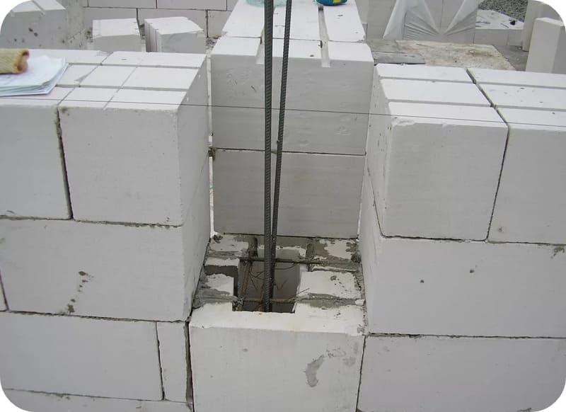 Устройство вертикального армируемого канала