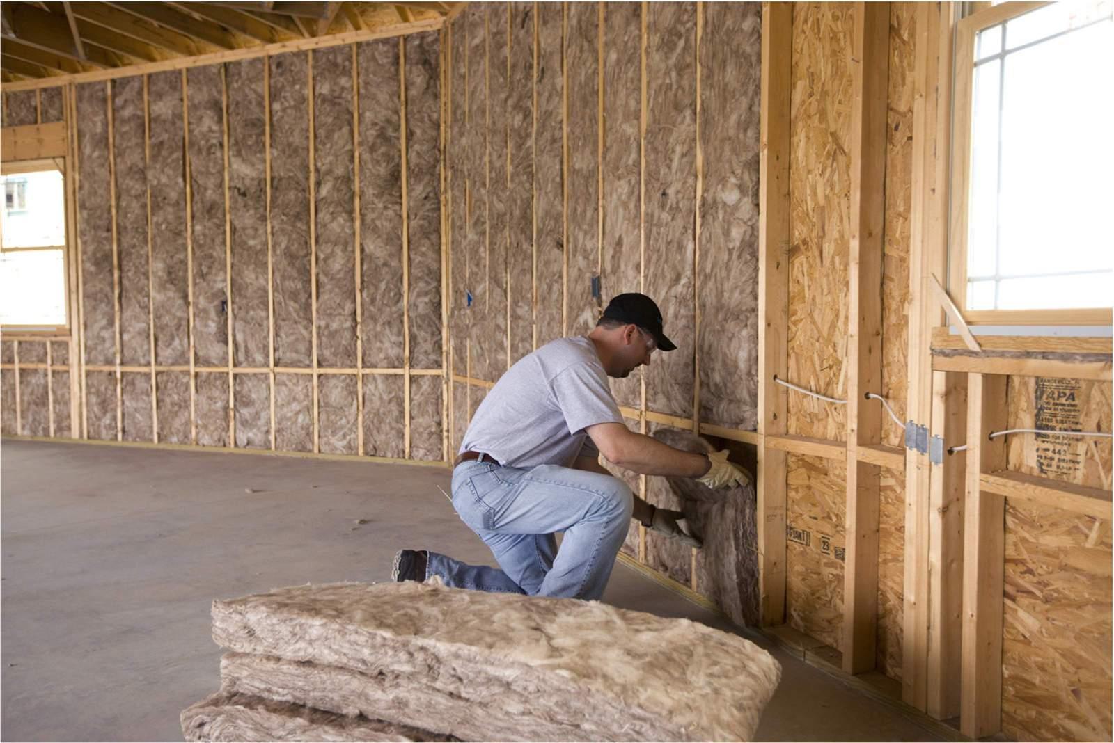 Как утеплить стену в частном доме изнутри