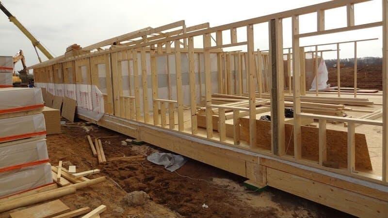 сколько стоит построить каркасный дом своими руками